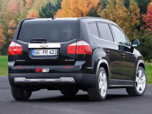 Chevrolet Orlando - вид сзади