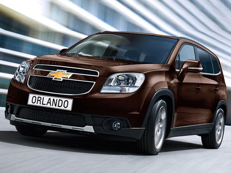 Chevrolet_Orlando-09