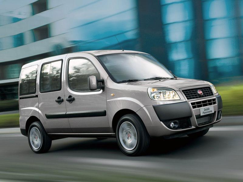Fiat Doblo в движении