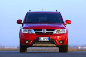 Fiat Freemont - вид спереди