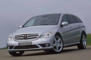 Mercedes-Benz R-Class в движении