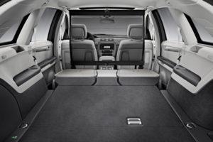 Разложенные сиденья в Mercedes-Benz R-Class
