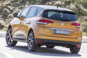 Renault Scenic - вид сзади