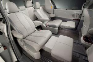 В салоне Toyota Sienna - кресла