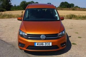 Volkswagen Caddy - вид спереди