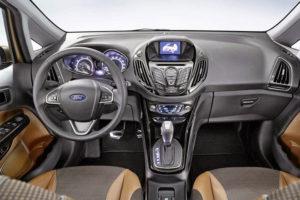 Водительское место Ford B-Max