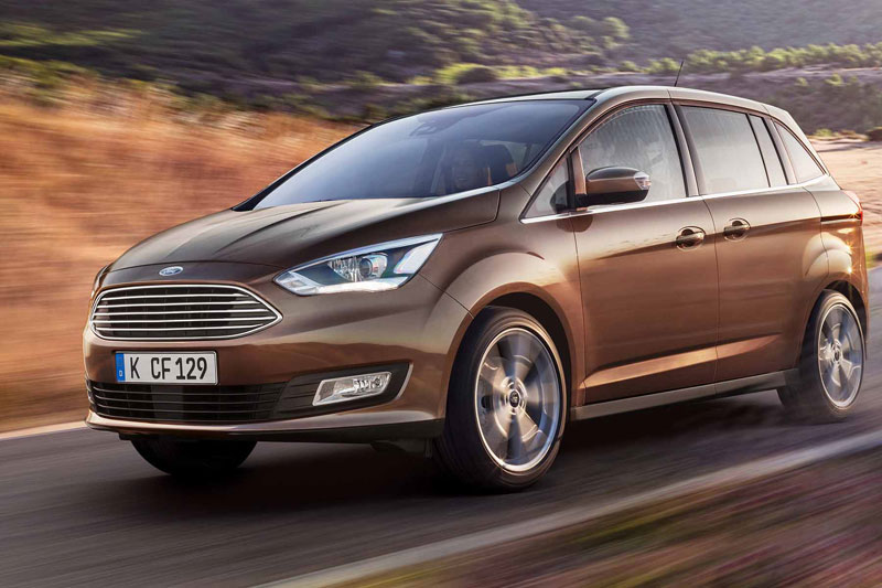Ford Grand C-Max на трассе