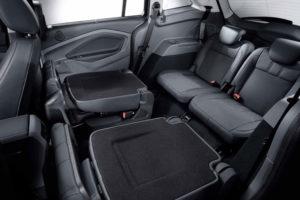 Сложенные сидения Ford Grand C-Max