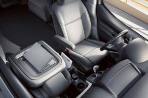 В салоне Nissan NV200