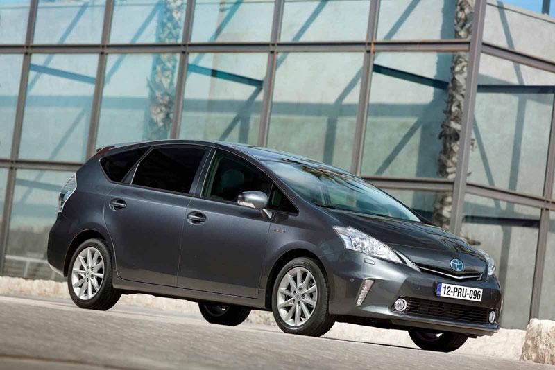Гибрид Toyota Prius+